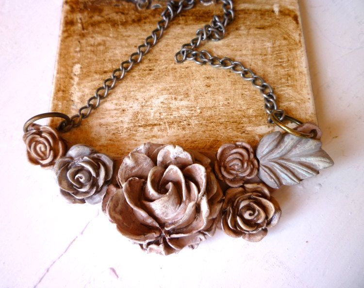 Shabby Chic Distressed Flower Cluster Powder by Palomaria on Etsy