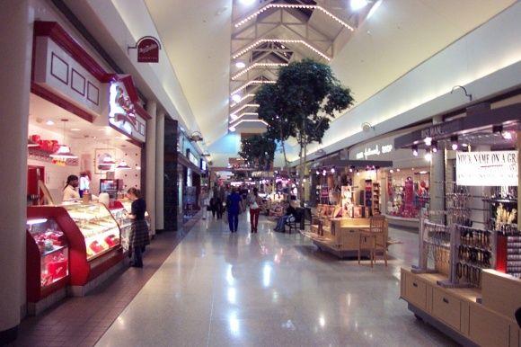 3691a3c1194f45a4dd2965fcfa521e38 - Jersey Gardens Mall Vs Woodbury Commons