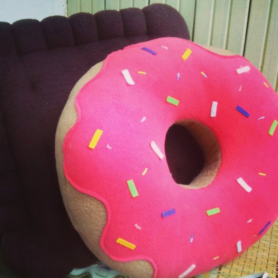 Donut Pillow Decorative Pillow Home Decor Etsy In 2020 Donut Pillow Handmade Pillows Diy Fabric Crafts