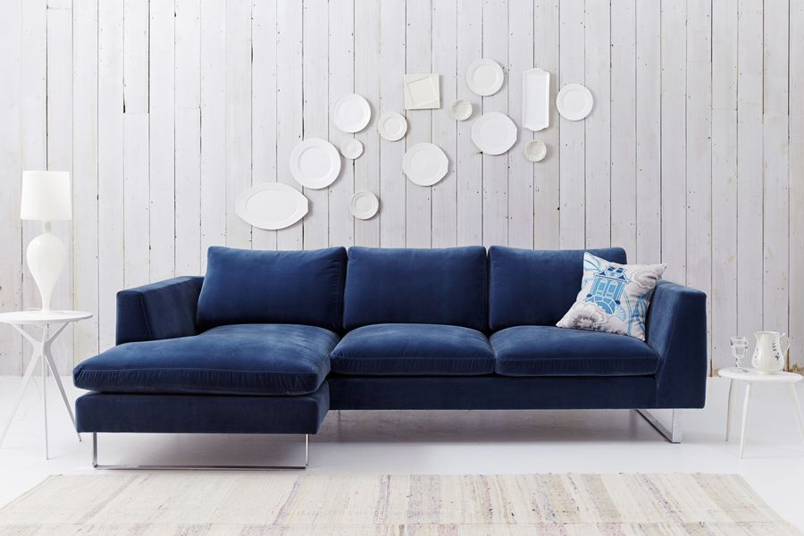 Why You Should Probably Buy a Velvet Sofa in 2017 | Blue velvet sofa ...