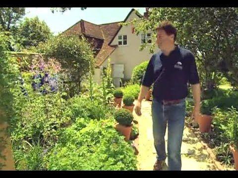 Elegant Alan Titchmarshu0027s How To Be A Gardener S02E03 Cottage Garden   YouTube