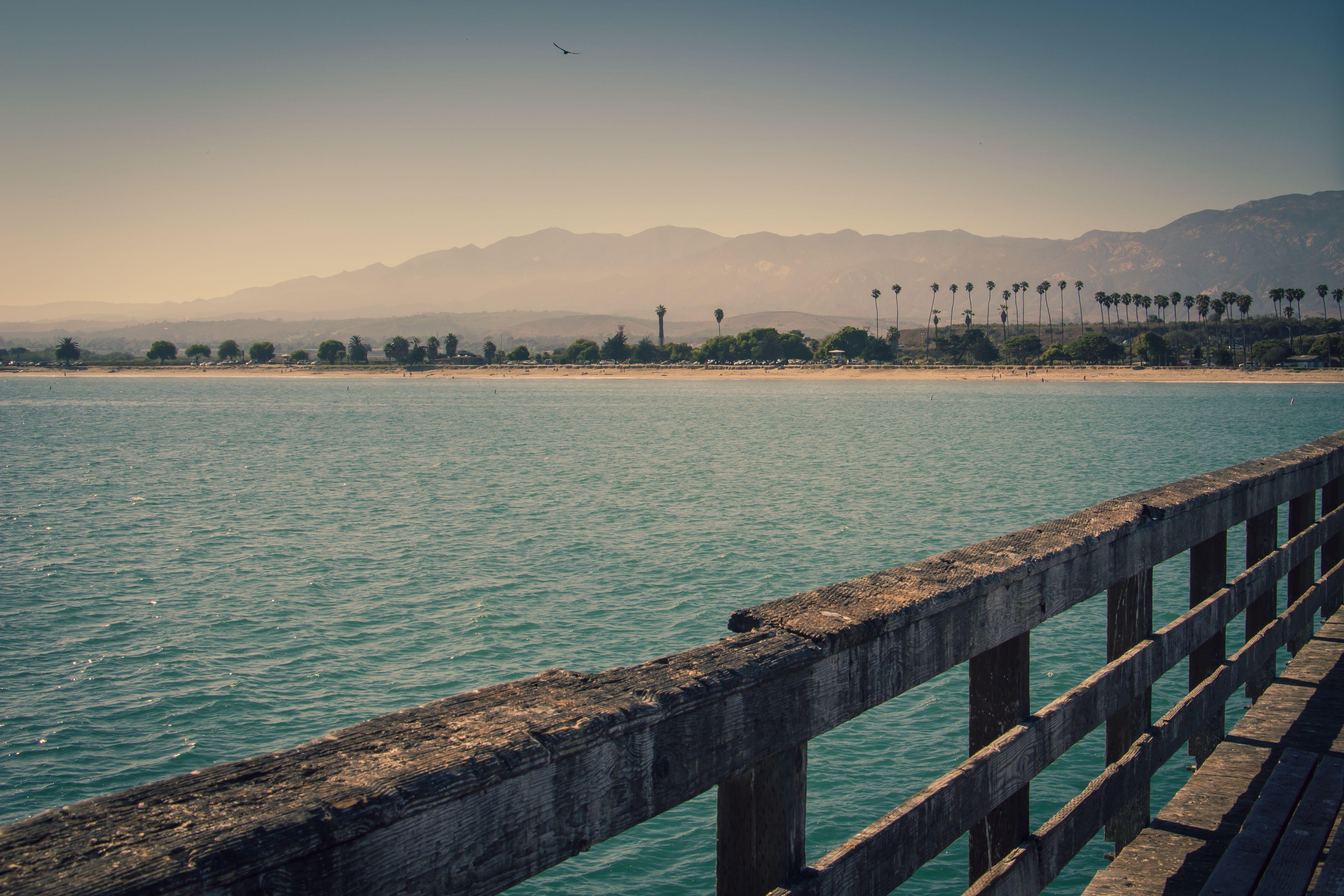 Ocean view from the pier in Goleta, CA (Santa Barbara County)   California wallpapers via Imwaytoobusy.com
