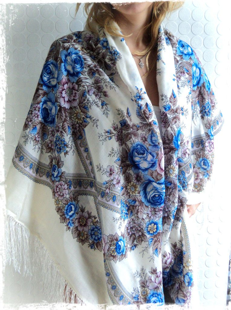 Châle Russe , Carlita Vintage Shop , Boutique en ligne de Mode Vintage,  Vêtements ,