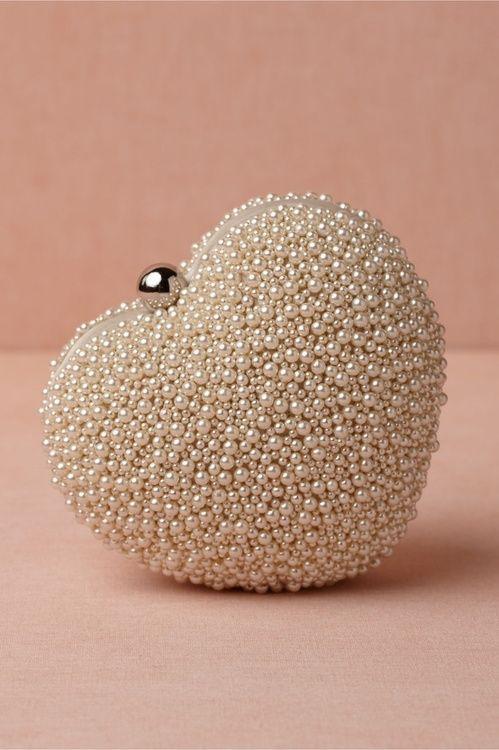 Pearl Heart Clutch