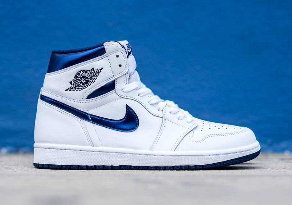 "sale retailer 93c1d b6e11 Despite being an original colorway of the Air Jordan 1 High, the ""Metallic  Navy"" pair dropping in less than a month doesn t seem to be getting much  buzz, ..."