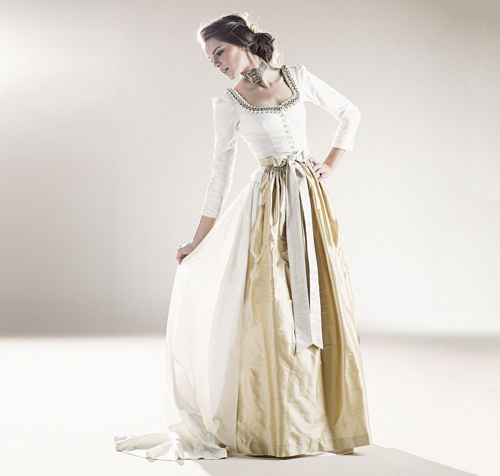 Pin von liss mayer auf Hochzeit  Dirndl hochzeit, Hochzeitskleid
