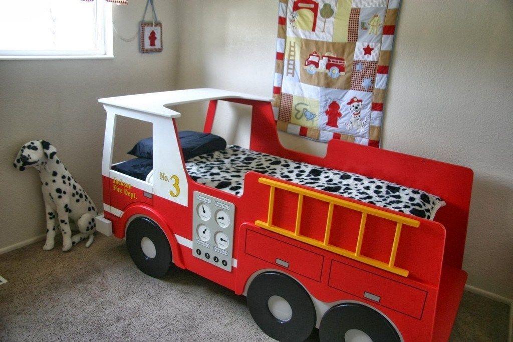 Carter's 4 Piece Toddler Bed Set, Fire Truck
