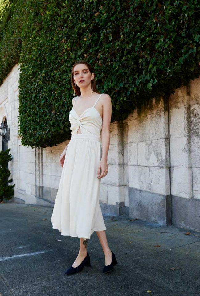 Shop 20 dazzling under500 wedding dresses for 2019