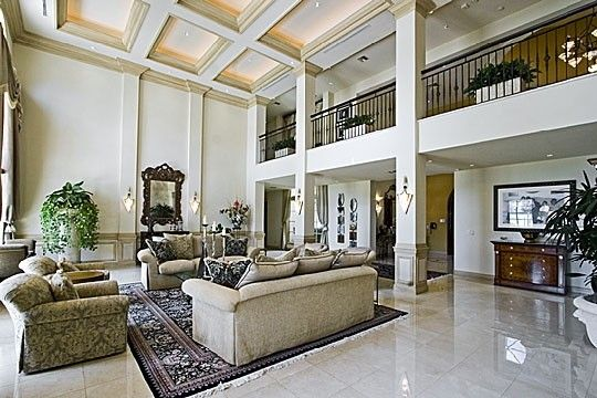 Interiors of billionaire homes google search ceilings for Billionaire homes in usa