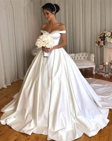 Vintage Wedding Gowns 2019 Satin Bridal Dresses Off Shoulder Wedding Dress Satin Wedding Gown Ball Gown Wedding Dress
