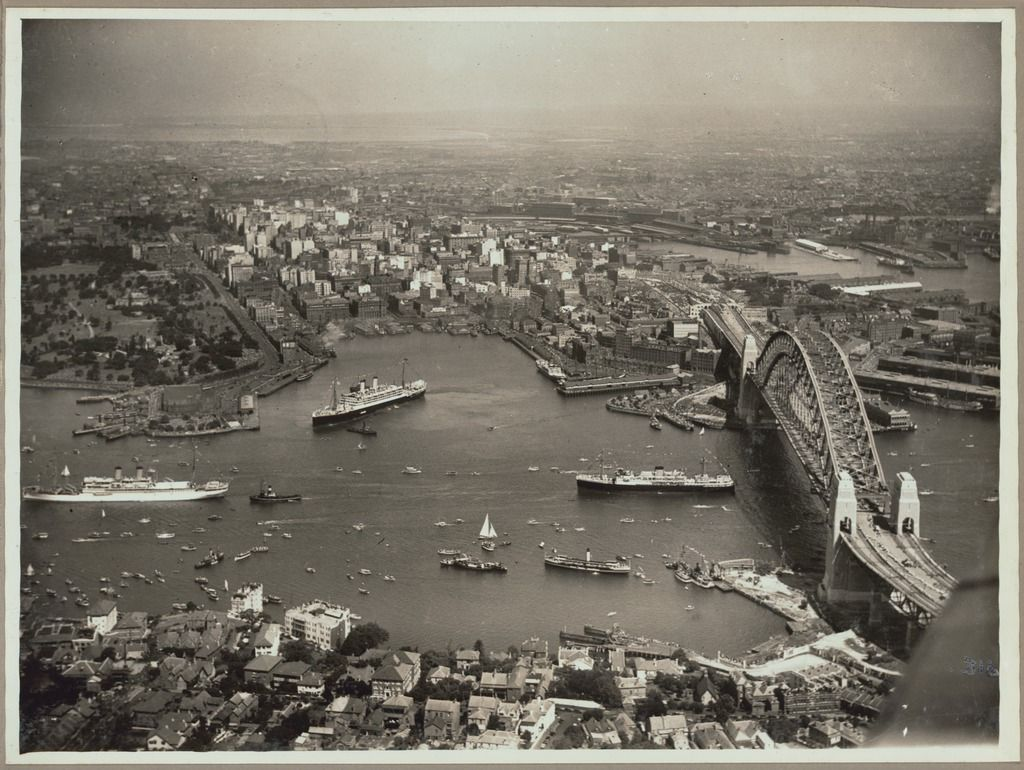 Historicaltimes Aerial View Of Sydney And Circular Quay On The - Incredible 360 degree aerial photography by andrew griffiths