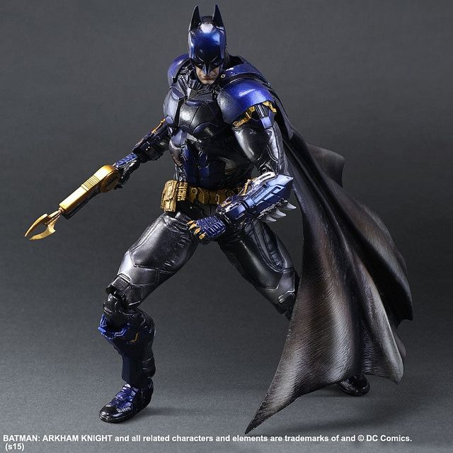 PLAY ARTS改《蝙蝠俠:阿卡漢騎士》蝙蝠俠 SDCC 限定配色 | 玩具人Toy People News