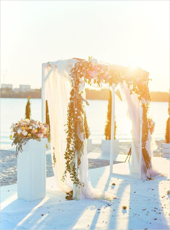 Modern Vintage Wedding On The Beach Sunset Beach Weddings Modern Vintage Weddings Beach Theme Wedding