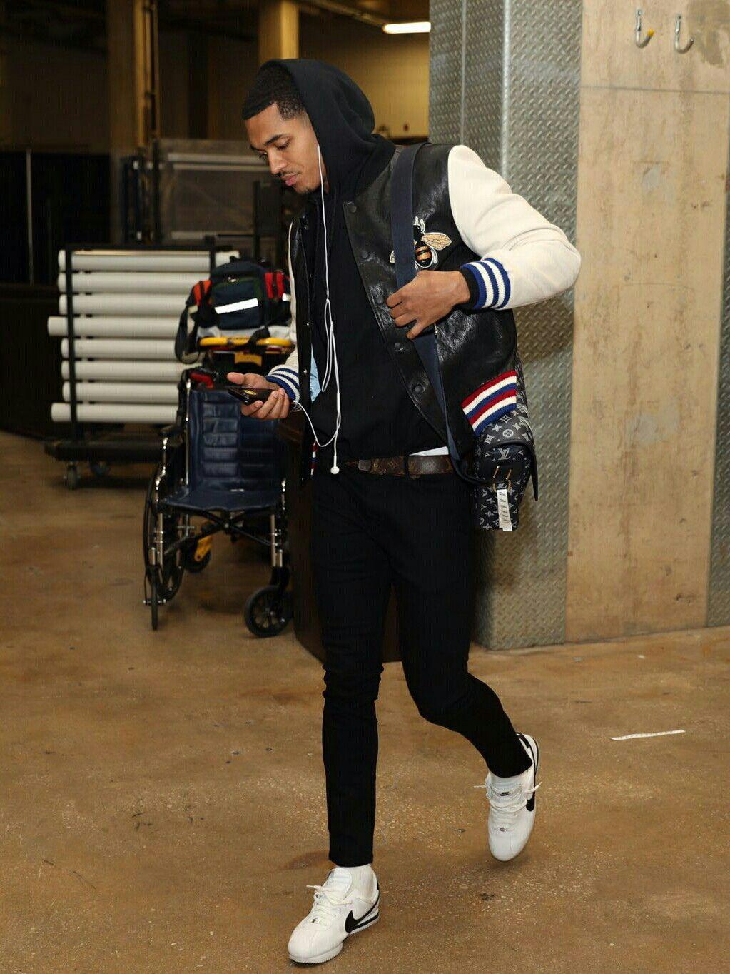 the latest aeb51 901cd Jordan Clarkson wearing Nike Cortez