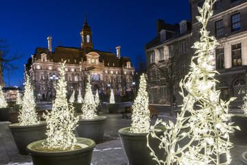 6 Reviews: Christmas Walking Tour in Old Montreal | Viator