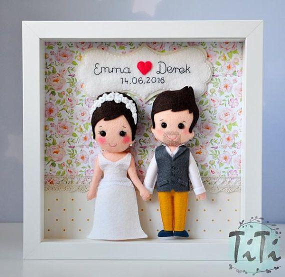 Caja cuadro fieltro personalizado con los novios y la fecha de la ...