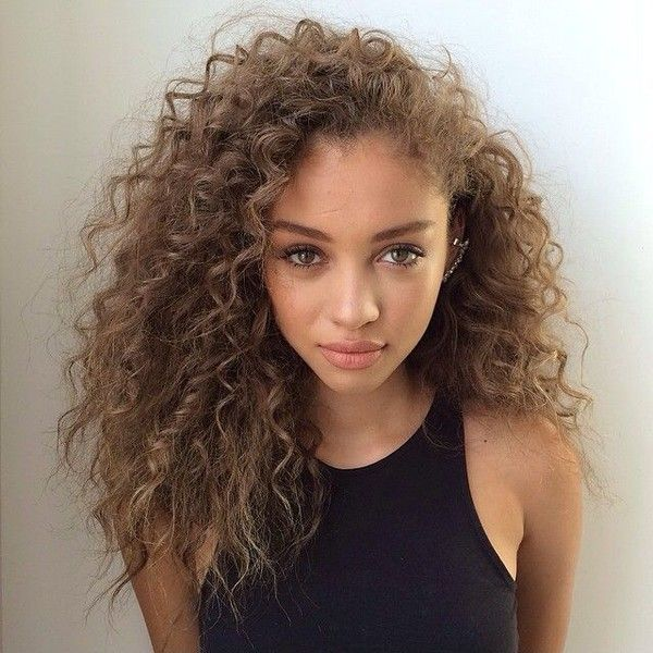 Long Curly Hairstyle For Girls Hair Pinterest Hair Styles Curly Hair Styles Curly Hair Styles Naturally
