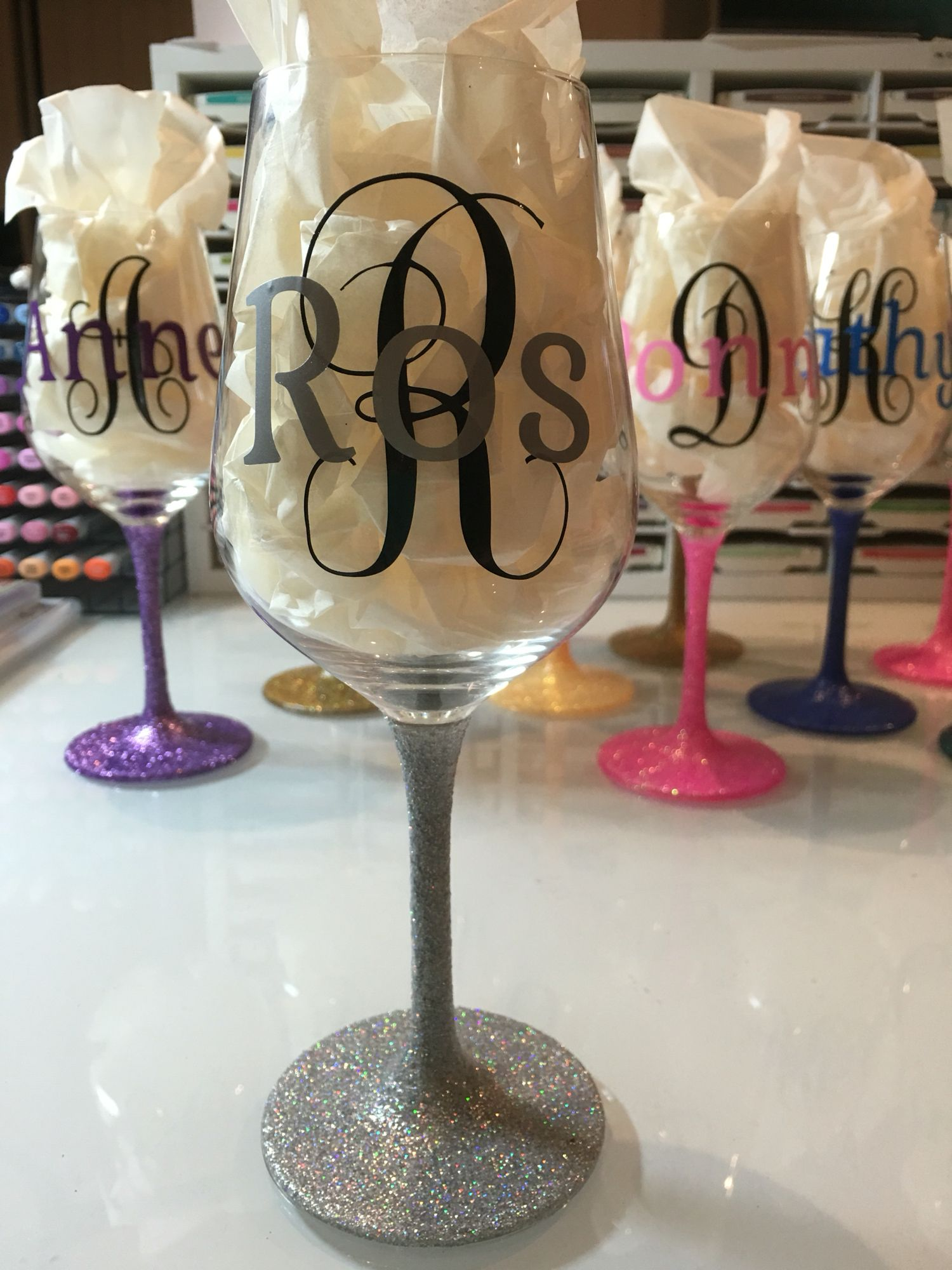 Personalised Wine Glasses With Glitter Stems And Vinyl