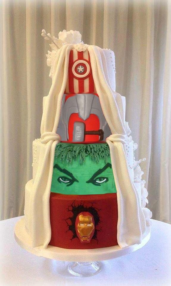 superhero themed wedding cakes this s wedding cake is a cake in disguise 20604