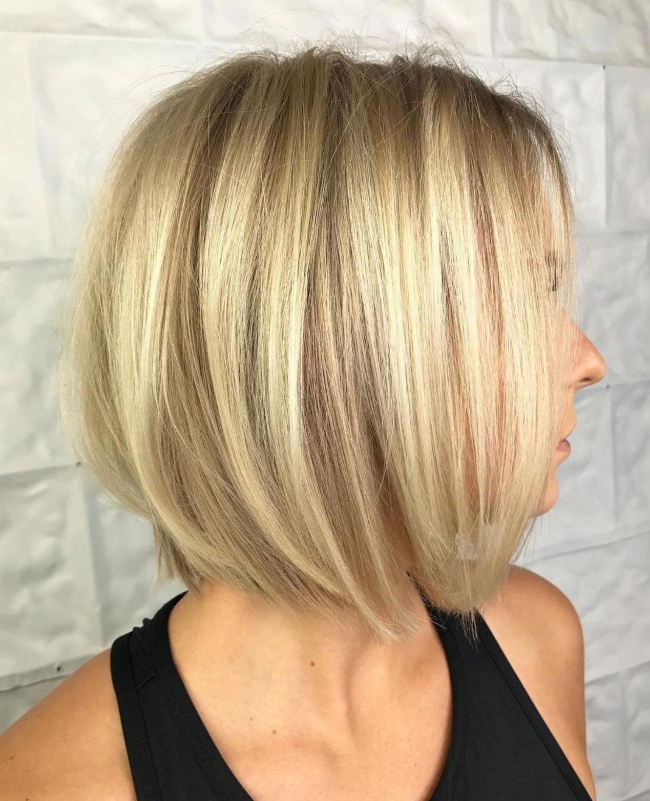 Blonde Bob With Roots Fade Bobs For Thin Hair Thin Hair Haircuts Haircuts For Fine Hair