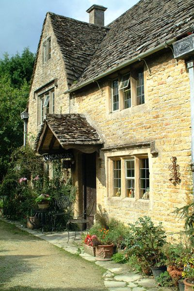 Cotswolds house
