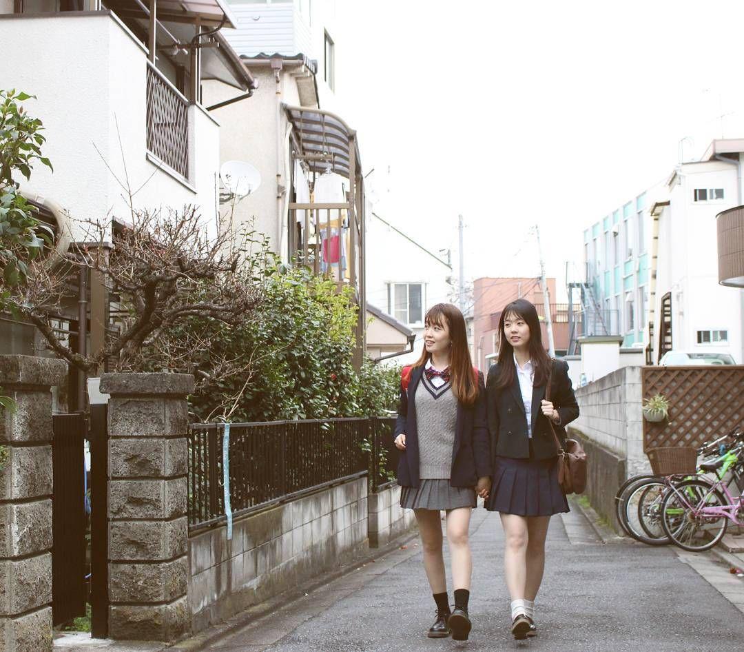 조금 늦은 #도쿄 의 봄이야기 . .  #봄 #spring #일본 #japan #스쿨룩 #트윈룩 #sakura #셀프촬영 #tokyo #출사 #셀스타그램 #여행스타그램 #selfie #traveling #travelphotography #travelingram #portrait #캐논 #dslr #100d #canon #snowygirls  #한국 #韓国 #감성사진 #감성 #스냅 #사진 #인물사진 by _snowygirls