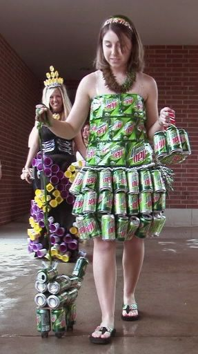 8d443e4b Go green at fashion show | recycle | Fashion, Recycled fashion ...