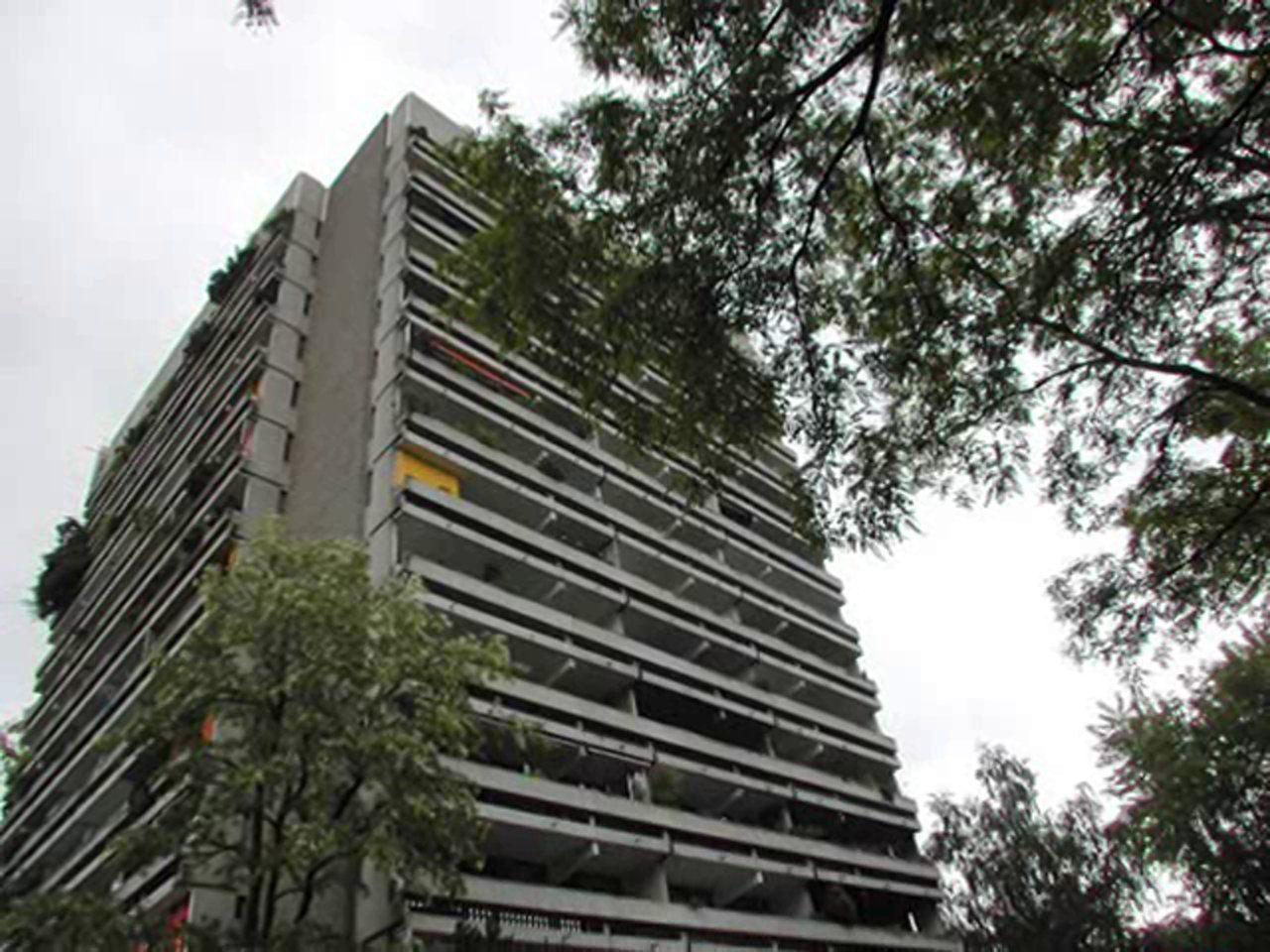 Suche nach Ihrer Immobilie in München sind Building