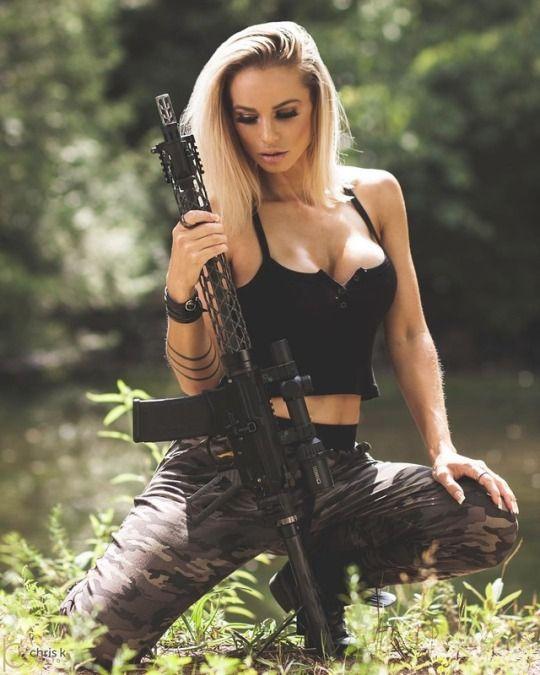 Sexy Guns Babes 60