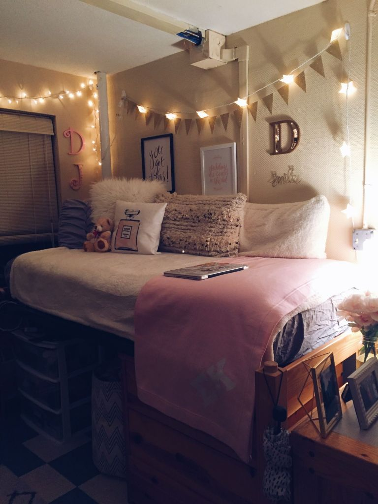 Dorm Room Styles: 48 Modern Dorm Room Design Interior