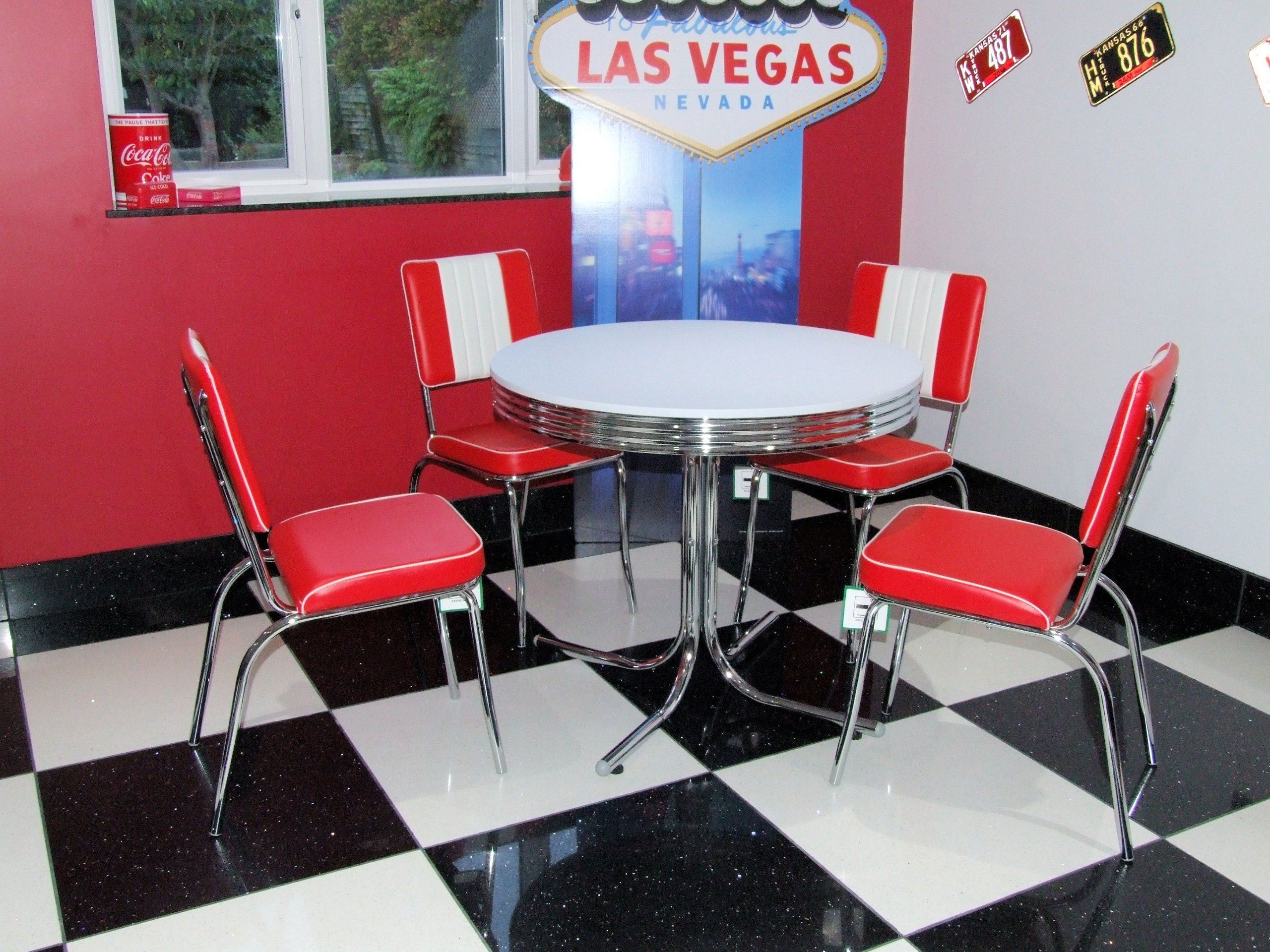 american 50s diner furniture budget retro style table and 4 red chairs kitchen. Black Bedroom Furniture Sets. Home Design Ideas