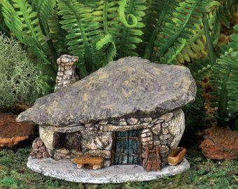 Fairy Garden Mini - Micro Mini Ranch Troll House -