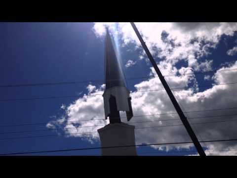 VIDEO: Church steeple crashes when crane snaps in Milton | The Chronicle Herald