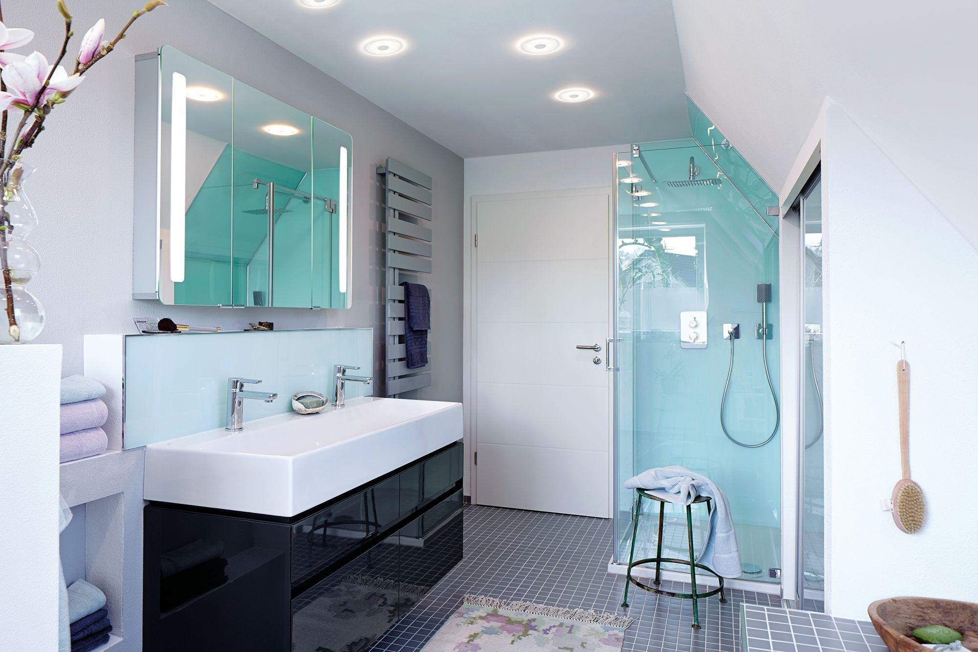 Pin Von Eve H Auf Lichtplanung Bad Decke Badezimmer Led Badezimmerlampen