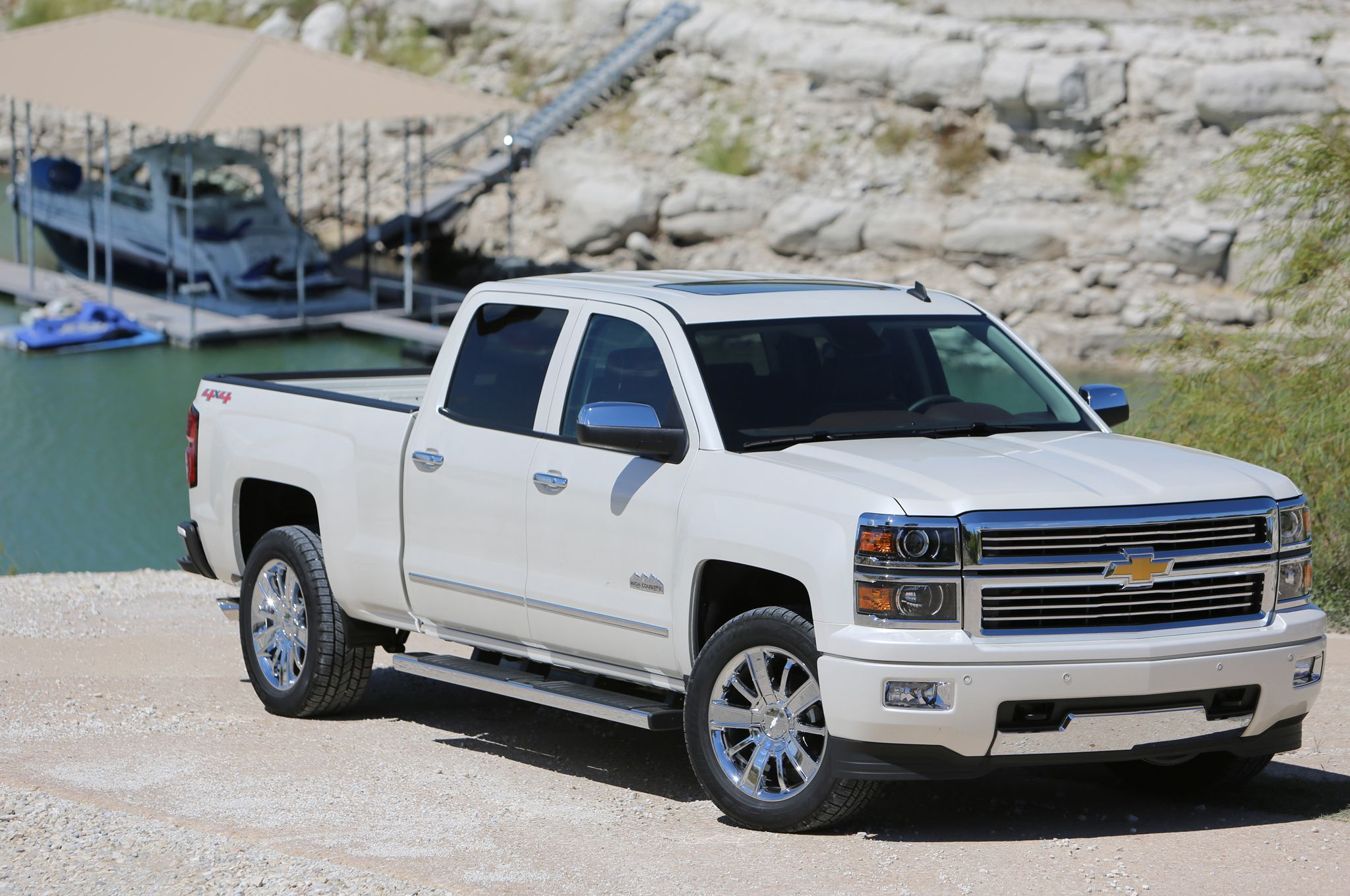 2014 Chevrolet Silverado High Country Front