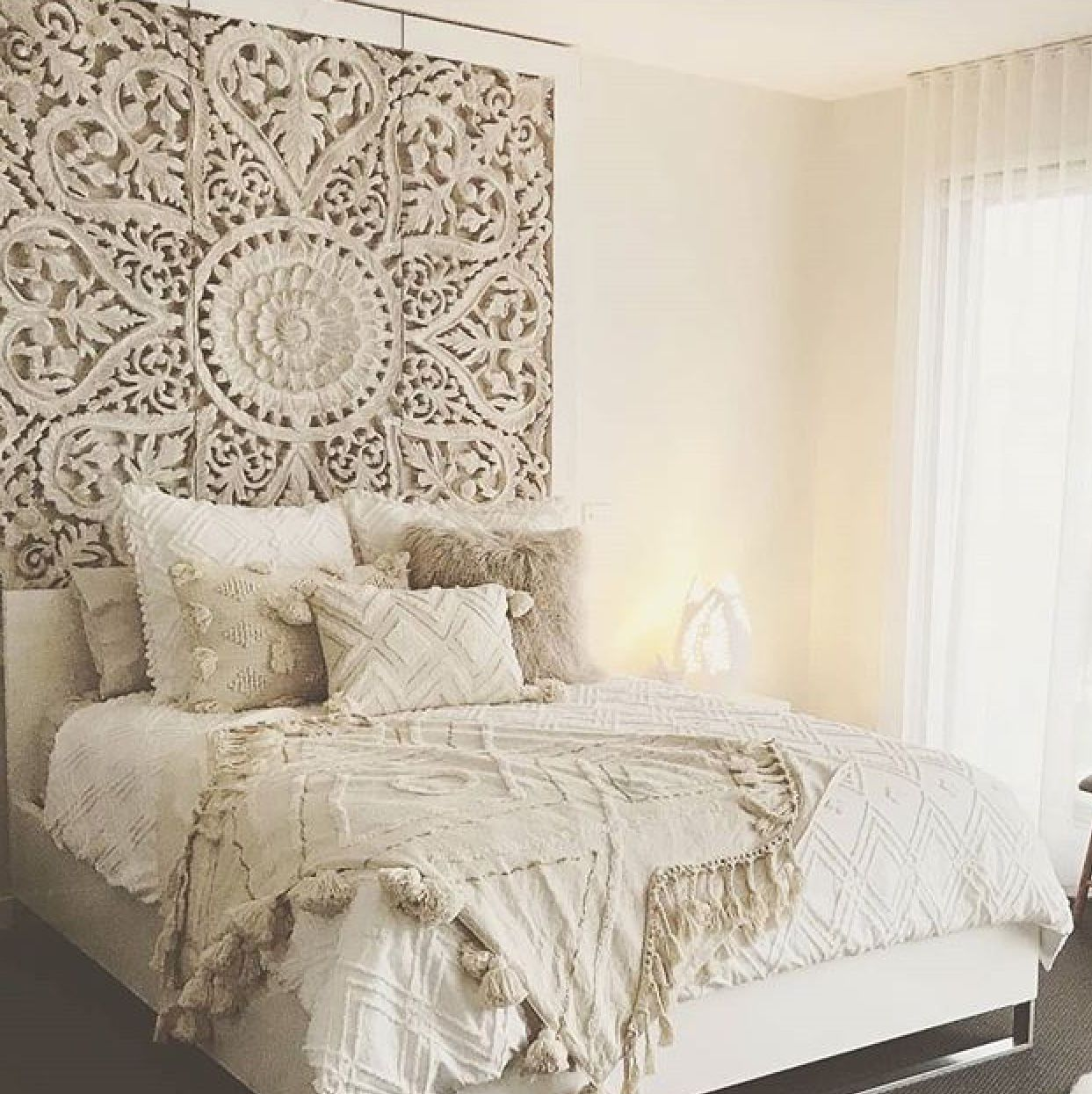 Modern Accent Wall Panel For King Bed: Boho Master Bedroom, Bedroom Decor, White Paneling