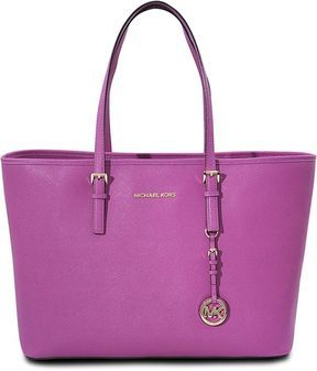 Michael Kors Cabas Jet Set Travel multifonction - ShopStyle Bags ...