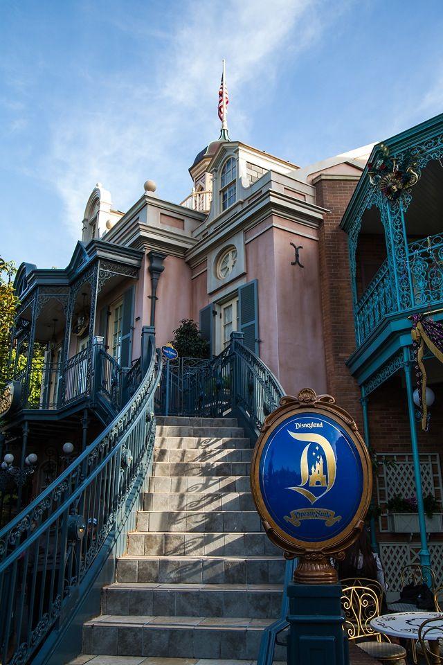 Disneyland Dream Suite Located Above The Pirates Of Caribbean