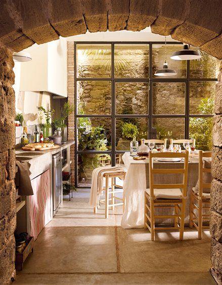 cocina rstica con arco de piedra
