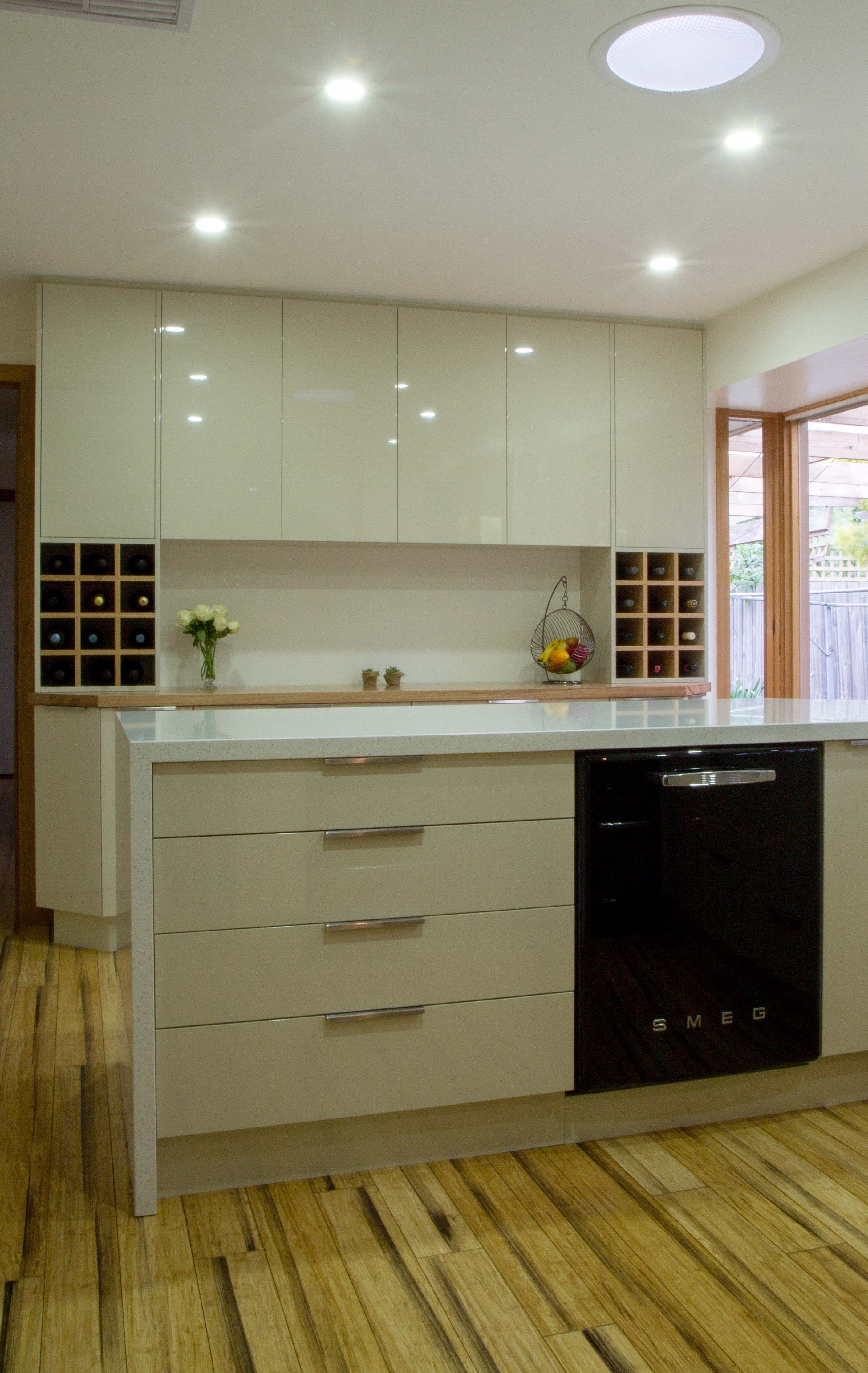 Small contemporary kitchen with bar buffet and return bench for ...