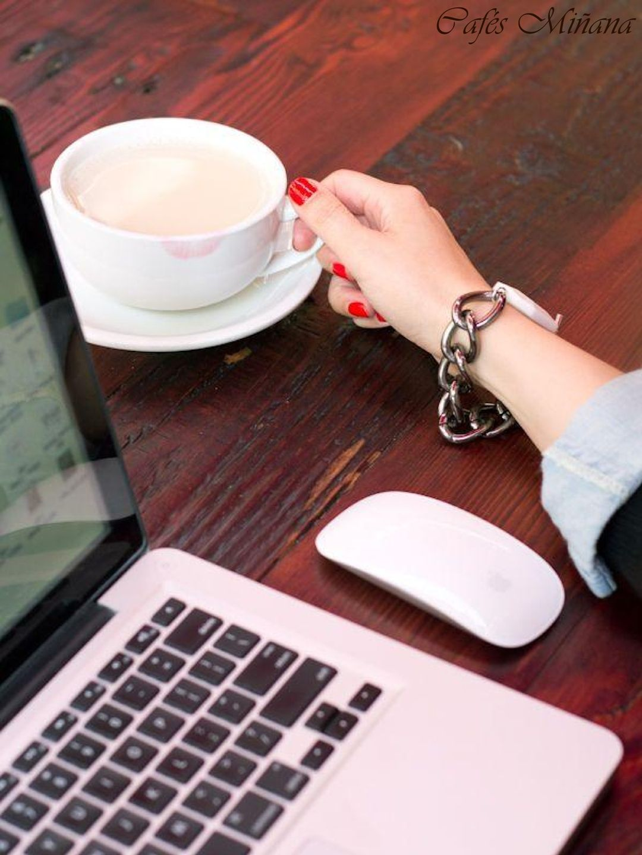 Las mañanas con #café siempre son mejores :-)  #CafésMiñana #coffee #LaTienda #capuchino #cappuccino #latte #coffeelover #working #capuchino #coffeelover  (imagen: lovelyindeed.com)