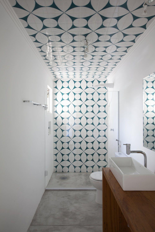 Photo of 50 idee moderne per ristrutturare un bagno stretto e lungo