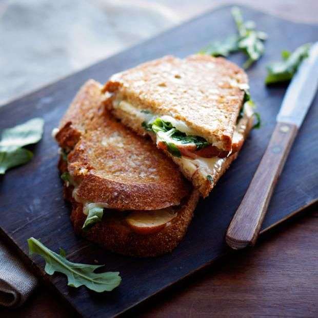 Recipes from: Foodily http://www.foodily.com/r/V28pNb9TR-apple-cheddar-grilled-cheese-by-foodess