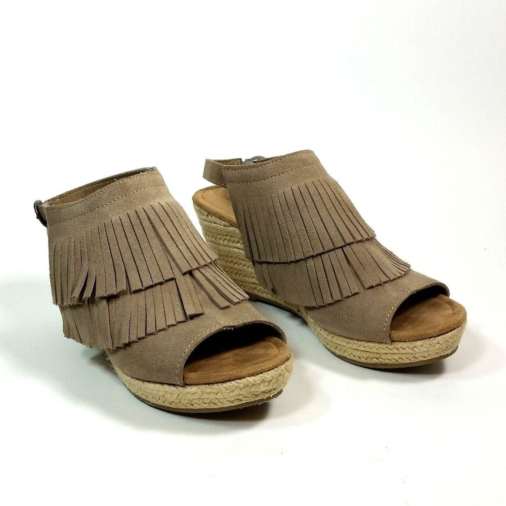 Minnetonka Wedge Sandals Womens 9 Taupe Leather Fringe Cork Heels Summer  Shoes  Minnetonka  PlatformsWedges  Casual  sandals  shoes  summerstyle   ebay 69fd1ebcd
