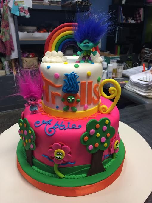 Trolls Birthday Cake Adrienne Co Bakery Little Girl Birthday