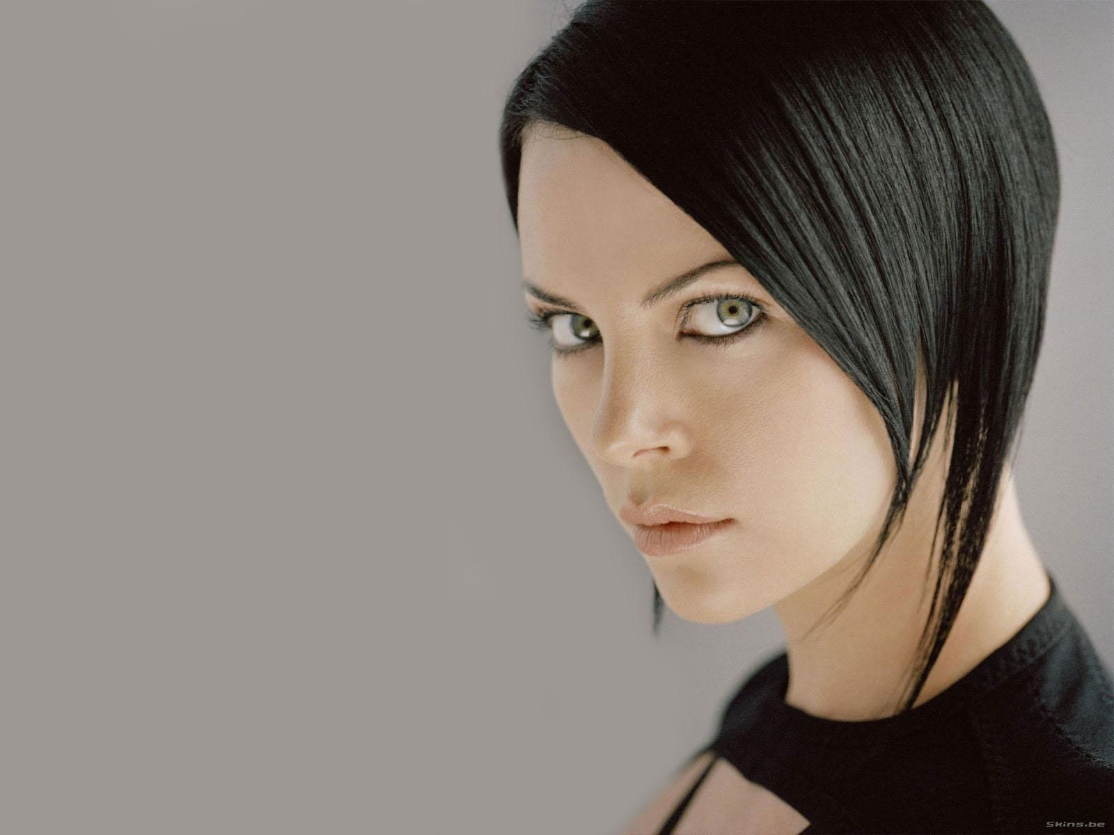 Aeon Flux Charlize Theron Movies Pinterest Aeon Flux And