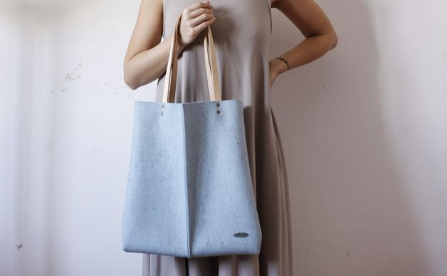 Simple Fabric Tote – Wool felt tote bag, light blue – a unique product by sojkaleti via en.DaWanda.com #minimal