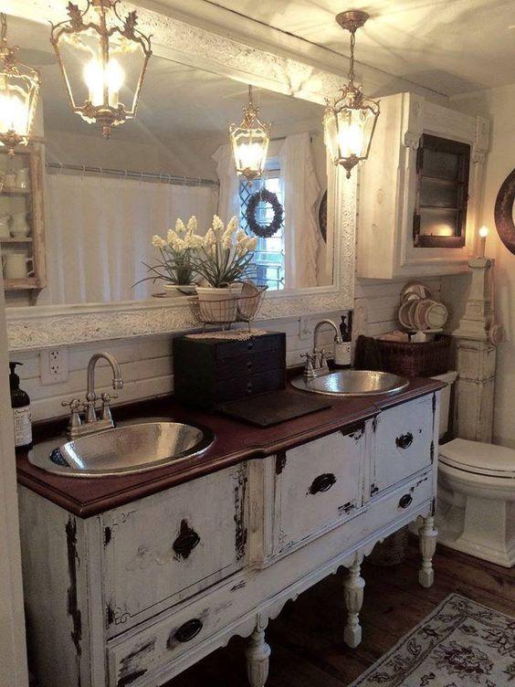45 Stunning Farmhouse Bathroom Design Ideas -