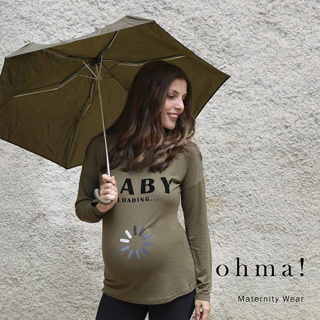 La sonrisa es mia, pero el motivo eres tú! Camiseta baby loading disponible en nuestra web: ohmabarcelona.com #ropaparaembarazadas #ropapremama #modaparaembarazadas #modapremama #embarazo #embarazada #maternitywear #maternitystyle #pregnantbelly #pregnant #pregnancy #ohma #ohmabarcelona #camisetapremama #babyloading #otoño2016