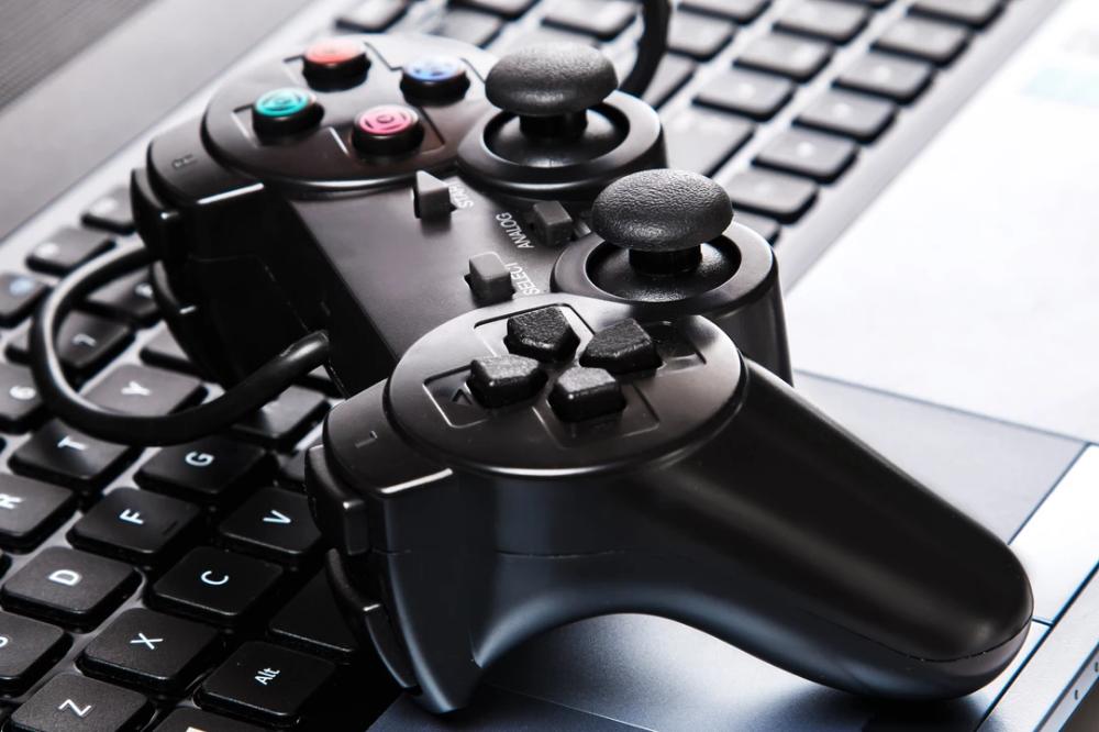 10 Things That All Beginner Gamer Needs Games, Youtube